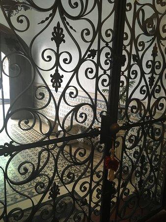 Hotel del Virrey: Puerta de ingreso
