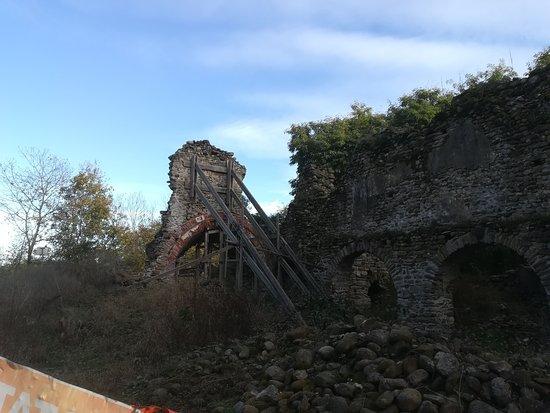 Borgo d'Ale, Italia: Arco absidale