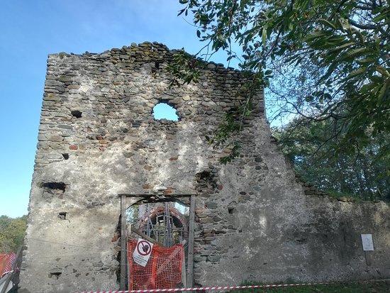 Borgo d'Ale, Italia: La facciata