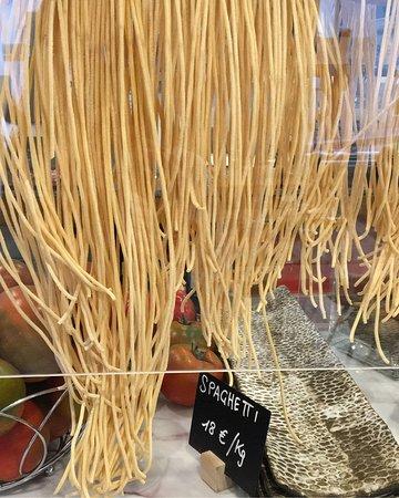 Nuestra pasta fresca hecha cada día por nosotros