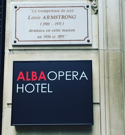 Alba Opera Hotel Photo