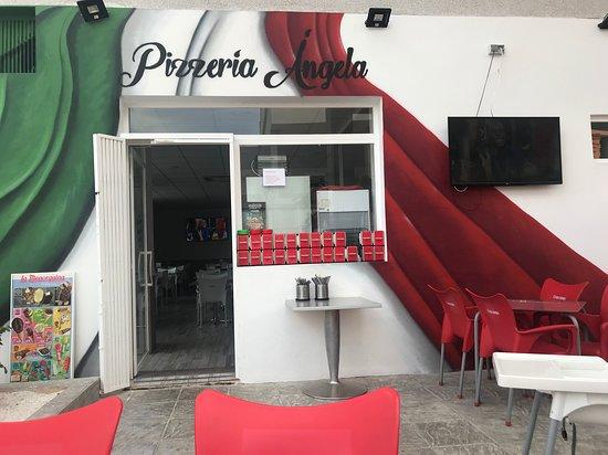 """Pizzeria Angela il Gusto Dell""""italia: Terraza"""