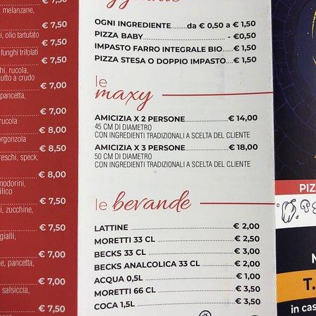 Mezzano, Italia: Il listino pizze!