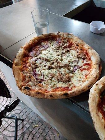 Mano a Mano Pizzeria and Empanadilleria: 20181025_222745_large.jpg