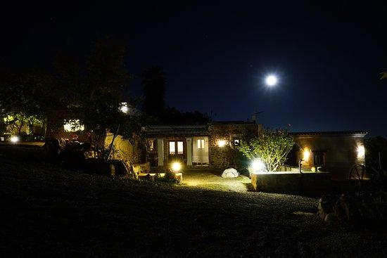 San Carlos, Spain: Es Mirador de Can Prats a la luz de la luna