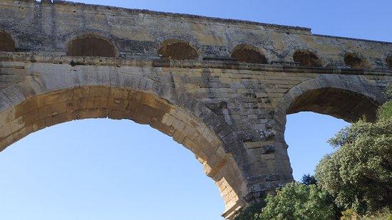 Pont du Gard : From below