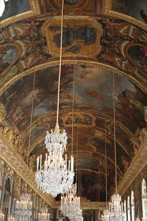 Visite guidée à Versailles et accès prioritaire avec transfert depuis l'hôtel au départ de Paris : galeries 3