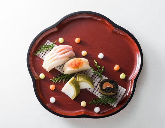 鮨蒲本舗 河内屋(かまぼこ専門店)