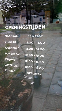 Uithoorn, Países Baixos: opening time