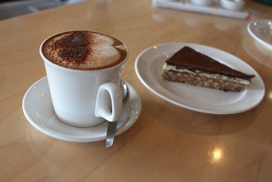 Bulls, Nowa Zelandia: Winter Deal - Coffee @ Slice