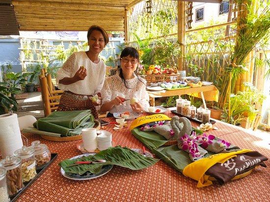 B's Thai Cooking Classes