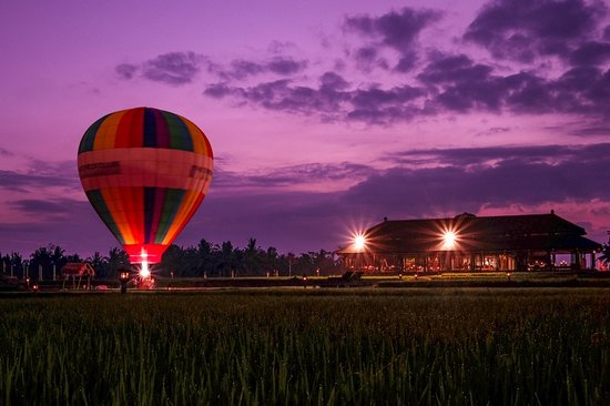Hot Air Ballon When Sunset Picture Of Tanah Gajah A Resort By