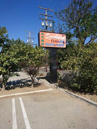 Lomita, แคลิฟอร์เนีย: Parking in the rear