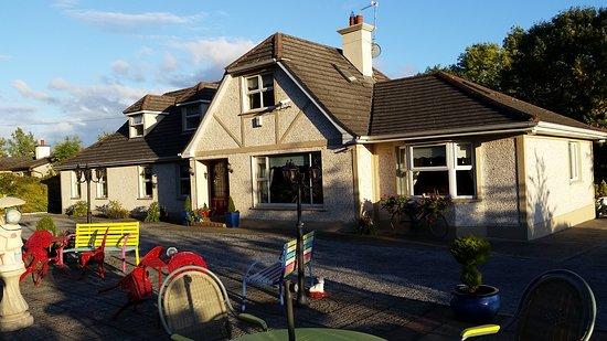 Callan, İrlanda: cosy premises