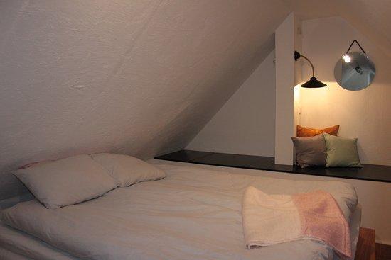 Beddingestrand, สวีเดน: Flat ÄNG