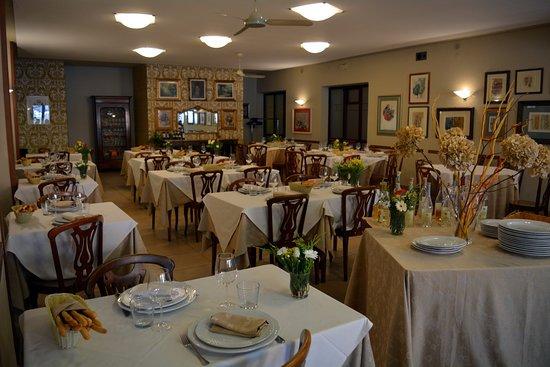 Cercenasco, Italia: sala
