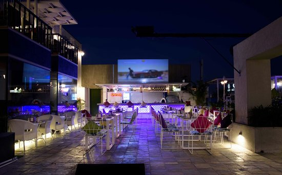 Asteria: live screening at courtyard area