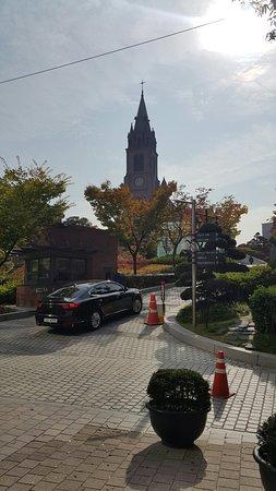 Myeong-dong Cathedral: 20181022_103043_large.jpg