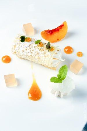 Kannol, Maltese Bread, Ricotta and Peach