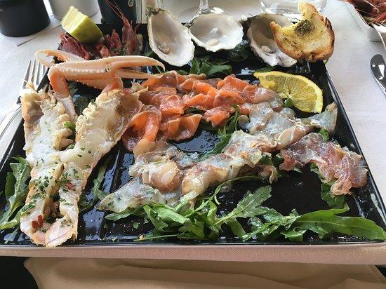 Al Castello: Antipasto di pesce crudo e crostacei marinate