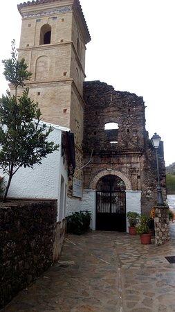 Cementerio de Villaluenga del Rosario