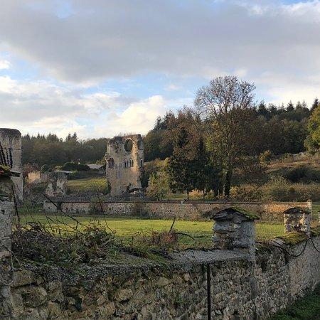 Haute-Normandie, Prancis: Abbaye de Mortemer