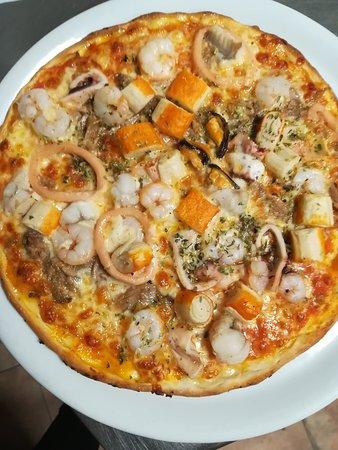 Bar Triquet Pizzeria: Pizzas excelent