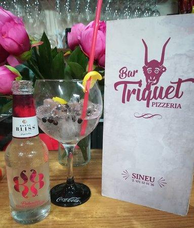 Bar Triquet Pizzeria: Gin tonics Triquet ❣️