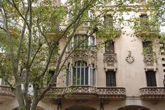 Palma de Mallorca, España: Facciata Caixa Palma - Grand Hotel Palma