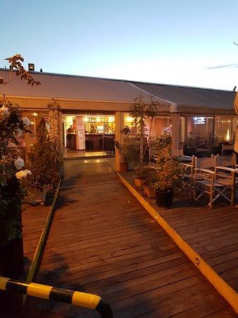 Alsos Lounge Cafe