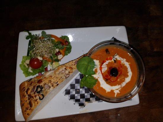 McBride, Kanada: Sweet Potato Soup and Focaccia