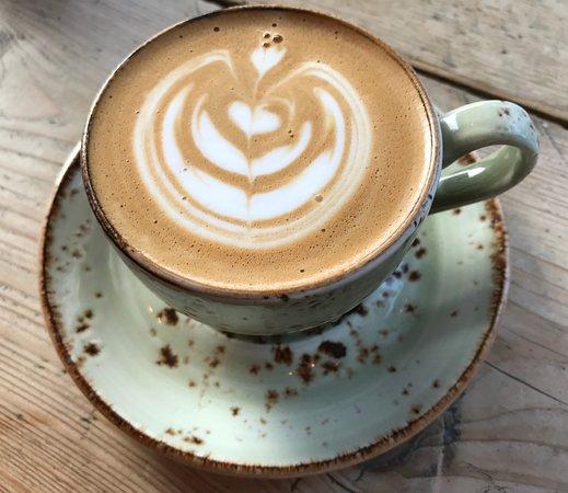 The Coffee Jar : Coffee Jar latte art