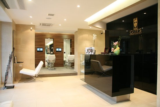 GETT'S Hair Studio InCity Residence