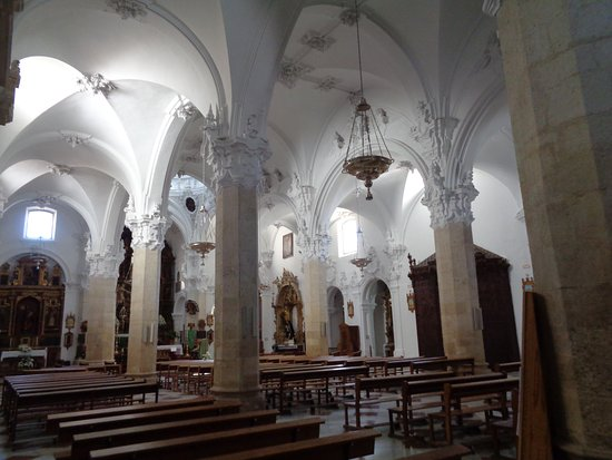 Church of La Asuncion: columnas
