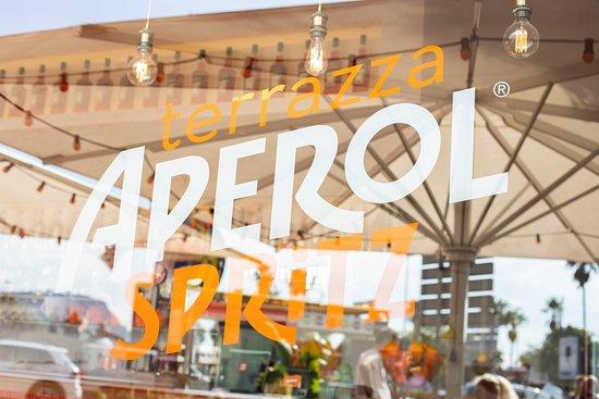Terrazza Aperol Spritz Barcelona Barceloneta Restaurant