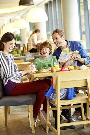 Disfruta en Hampton Inn by Hilton San Luis Potosi, tu desayuno va por nuestra cuenta!