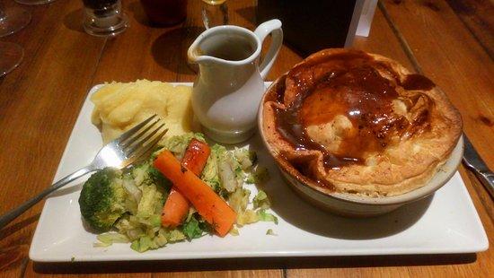 The Dormouse: Fantastic steak and ale pie!