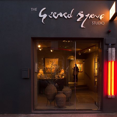 The Gerard Byrne Studio