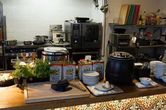 Lamykin's Cookhouse: суп и хлеб