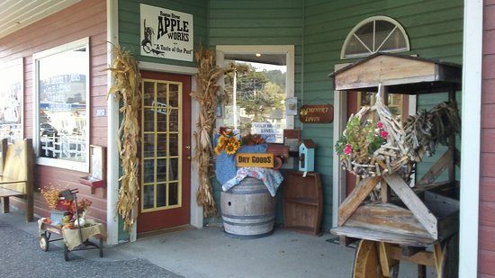 Rogue River Apple Works
