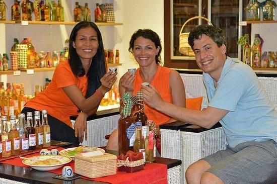 Liquore cambogiano infuso di Sombai