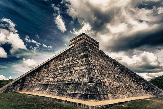 Chichen Itza Guided Trip with Lunch