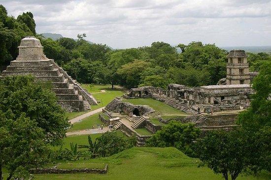 Excursion aux ruines de Coba et de...