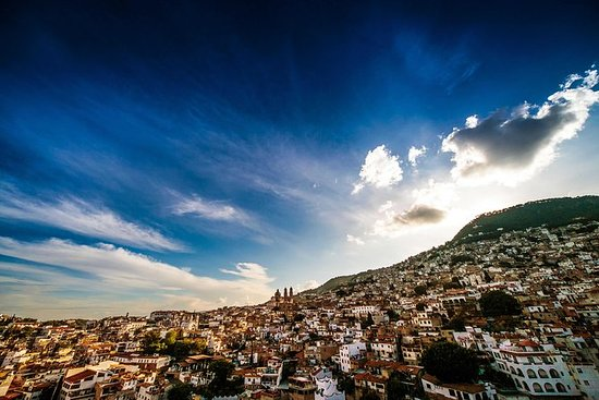 Cuernavaca and Taxco Tour with Lunch