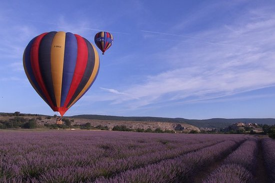 Provence Hot Air Balloon Ride fra Forcalquier