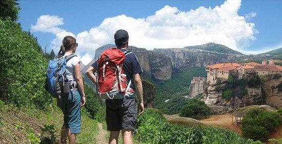 カランバカからメテオラへのハイキングツアー