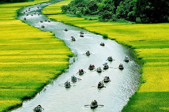 Small-Group Hoa Lu Day Tour from Hanoi