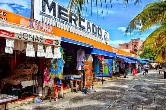 La ciudad de Cancún y recorrido por...