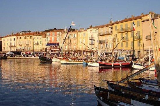 Full-Day Small Group St Tropez og...
