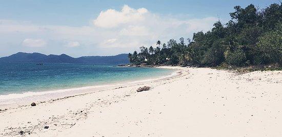 Dunk Island Is Rebuilt: Mission Beach Dunk Island Water Taxi (Wongaling Beach